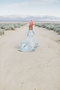 A little Tuesday inspo. Love everything about this beautiful image! Photography: Janneke Storm