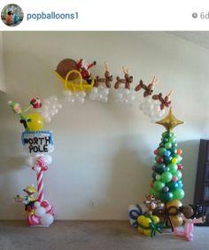 ADORABLE!!! Christmas balloon twist arch. #christmas balloon décor #christmas balloon decoration #christmas balloon arch