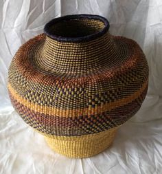 Home and living decor/ woven interior decor/ Ghana woven baskets/ pot shaped decor/ farm house woven decor Home Decor Baskets, Basket Decoration, Baskets On Wall, Winter Bedroom Decor, Special Wedding Gifts, African Hats, African Art Paintings, Weaving Art, Hallway Decorating