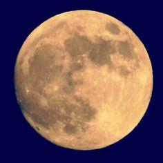 Se c'è qualcosa che non ti va ... dillo alla luna! Può darsi che porti fortuna ... dirlo alla luna! [Vasco Rossi] sabato 4 aprile escursione di luna piena allo Spuntone di Santallago #MontePisano