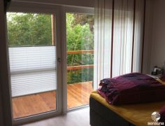 Auch Für Breite Balkontüren Den Passenden Sichtschutz Finden   Wie Hier Mit  Plissees #Schlafzimmer #