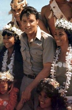 Elvis Presley 1965 Hawaii Interview - Elvis Information Network.
