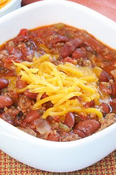 Copycat Wendy's Chili Recipe with Ground Beef, Kidney Beans, Pinto Beans, Onion, Green Chili Pepper, Celery, Tomatoes, Cumin, and Chili Powder - 15 Minute Prep Time - Gluten Free