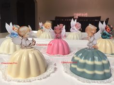 Gelatinas para bautizo Gelatins for christening Jello Desserts, Baptism Decorations, Jelly Cake, Frozen Birthday, First Communion, Holidays And Events, Christening, Party Planning, Recipies