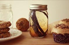 Bakergirl: Homemade Vanilla Extract: Day One.