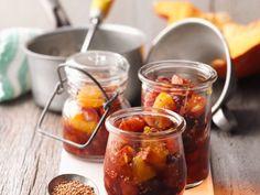 Kürbis-Orangen-Chutney ist ein Rezept mit frischen Zutaten aus der Kategorie Chutney. Probieren Sie dieses und weitere Rezepte von EAT SMARTER!