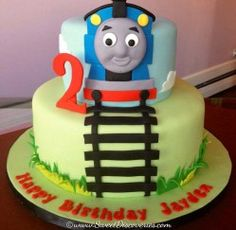 Thomas the Train Cake | Sweet Discoveries