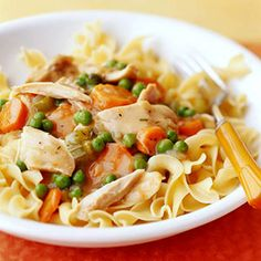 Purchased cooked chicken breast strips, frozen vegetables, and canned pasta sauces make it possible for busy cooks to come up with quick and easy dinner recipes. This dish takes advantage of those products and is ready to eat in 25 minutes.
