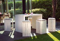 Platzsparend, multifunktional und dekorativ: Diese Gartenmöbel sind ein echtes Multitalent. Und das Beste: man kann sie ganz einfach selber bauen! ;) #OBI #DIY #Anleitung