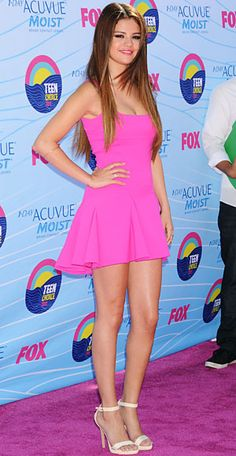selena gomez pink bdaay dress... i want this exact dress for my bday!!