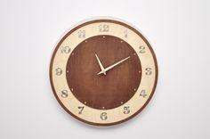 Nowoczesny drewniany ażurowy zegar ścienny AC w NIUS SHOP na DaWanda.com