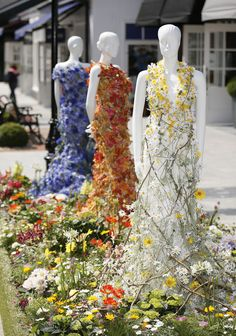 Beautiful floral dresses created by Joe Massie for the Chic Summer Festival at Kildare Village | Flowerona