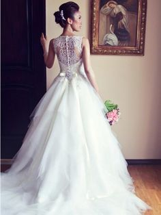 A-line / Princess Bateau ärmlös Profilering Court Train Tyll Bröllopsklänningar