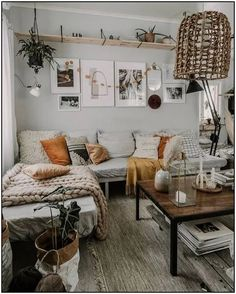 Modern Bohemian Home Interior Decor Ideas. Inspirational Modern Bohemian Home Interior Decor Ideas. Boho Chic Style Living Room Modern Bohemian Home Decor Estilo Interior, Home Interior, Modern Interior, Interior And Exterior, Japanese Interior, Interior Livingroom, Interior Ideas, Boho Living Room, Living Spaces