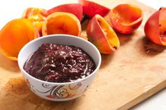 Here's the super simple recipe for the Sugar-Free Tamarillo Compote I made this morning; really easy and crazy delicious!     You can also use this recipe with blackberries, blueberries, raspberries and strawberries too!    http://theeverydayveggie.com/?p=1470
