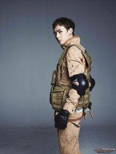 #2PM #Nichkhun Cf Games, Thai Prince, Ok Taecyeon, Jun K, Best Kpop, Jay Park, Action Poses, Beautiful Voice, Asian Men
