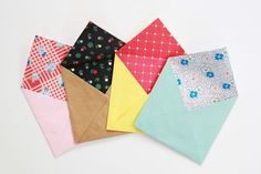 make your own personalized patterned envelopes! i love this and am definitely want to try!