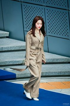 Kpop Girls, Coat, Sexy, Jackets, Fashion, Down Jackets, Moda, Fashion Styles, Jacket