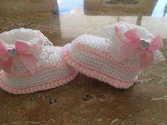 patucos para niña ,en rosa