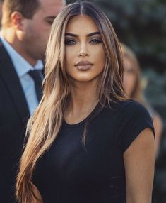 Brown Hair Balayage, Brown Hair With Highlights, Brown Blonde Hair, Brunette Highlights, Blonde Ombre, Blonde Hair For Olive Skin, Brown Hair And Brown Eyes, Brown Hair Girls, Blonde Brunette Hair