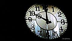 ©BLOGU' LU' DAN GHEMEŞ Dan, Clock, Home Decor, Watch, Decoration Home, Room Decor, Interior Design, Home Interiors, Clocks