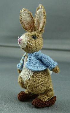 Miniature knitted Rabbit 4.6cm high by lan... | Knitting Ideas