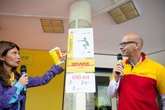 Alberto Nobis (AD DHL Express Italy) e Susanna Messaggio inaugurano il percorso vita DHL di Parco Sempione #yellowparade #gogreen http://www.dhllive.com/content/il-sogno-green-di-dhl