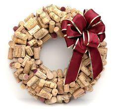GUIRLANDAS DE NATAL O Natal está próximo... A tradição das guirla ndas data no século XVII onde dispor uma guirlanda na parte externa d...