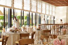 Top Einrichtungsideen für das beste Restaurant-Design> Lieben Sie auch Innenarchitektur? Entdecken die besten Tipps und Einrichtungsideen für das perfekte Restaurant und Bar Design! | innenarchitektur | wohndesign | restaurant design | #designinspirationen #luxusdesign #luxusmöbel Lesen Sie weiter: http://wohn-designtrend.de/