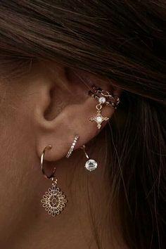 New piercing oreille minimaliste ideas Cuff Jewelry, Cuff Earrings, Crystal Earrings, Bridal Jewelry, Silver Earrings, Silver Jewelry, Fine Jewelry, Silver Ring, Diamond Earrings