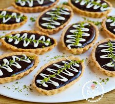 [ Coffee And Chocolate Mini Tart - Pink CupCake Tart Recipes, Sweet Recipes, Moroccan Desserts, Cheese Tarts, Mini Tart, Recipe Mix, Sweet Sauce, Turkish Recipes, Food Humor