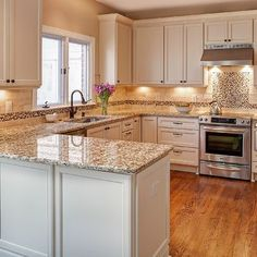 Kitchen Peninsula Design Ideas, Pictures, Remodel and Decor - http://centophobe.com/kitchen-peninsula-design-ideas-pictures-remodel-and-decor/ -