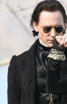 @Cassy Zepeda  you say look at that smolder  I say LOOK AT THOSE PERIOD COSTUMES OMG. Oh and T.Hiddles.