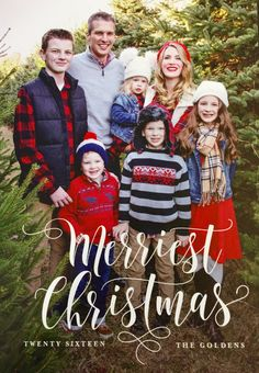 Family Outfits: What to wear for your Christmas Tree Farm Photo Shoot, with sources!