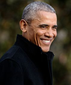 This Is Not a Drill! You Can Now Apply to Work for Former President Barack Obama — InStyle Barrack And Michelle, Michelle And Barack Obama, Black Presidents, Greatest Presidents, First Black President, Former President, Joe Biden, Durham, Mr Obama