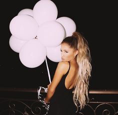 MY QUEENS BIRTHDAY WAS YETSERDAY AND SHE'S 23 YEARS OLD NOW OMG! ILYSM ARI ♡