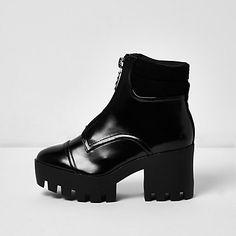 Black patent zip chunky platform boots £25.00