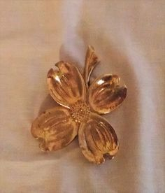 Brass Dogwood Flower Clip by ClassicVintageMetals on Etsy