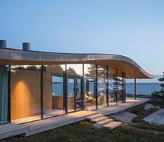 Oiva Architect's Glass Pavilion Soaks in its Beautiful Surroundings - Mid Century Home House Design Drawing, Modern Glass House, Glass Pavilion, Roof Shapes, Farmhouse Floor Plans, Small Buildings, Loft, Home Design Plans, Mid Century House