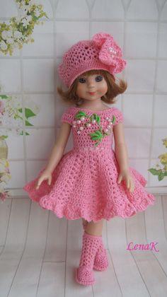 So pretty - AmigurumiHouse Knitting Dolls Clothes, Baby Doll Clothes, Crochet Doll Clothes, Knitted Dolls, Doll Clothes Patterns, Barbie Clothes, American Girl Crochet, Crochet Girls, Newborn Crochet