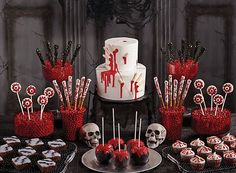 Bloody Good Treats How-To's - Halloween Party Ideas - Holiday Party Ideas - Party Ideas Halloween Dessert Table, Halloween Drinks, Halloween Desserts, Halloween Food For Party, Halloween Cakes, Halloween Birthday, Halloween Treats, Halloween Sweet 16, Halloween Circus