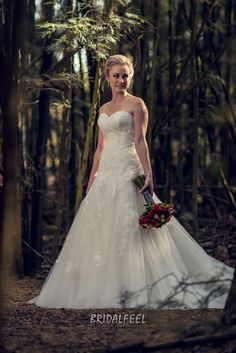 vintage a-line strapless sweetheart lace tulle fall wedding dress
