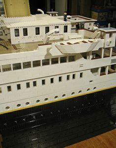 """Starbord view of the small portion of the RMS """"Titanic"""" that I have built so far. Lego Titanic, Titanic Ship, Rms Titanic, Lego Cruise Ship, Lego Ship, Titanic Model, Lego Boards, Model Building Kits, Cool Lego Creations"""