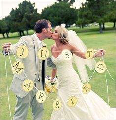 Just married sign.