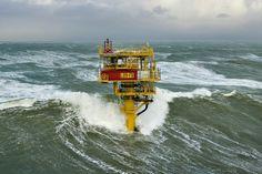 Breaking waves on L09FB1 platform. PAV Sea State, Oil Platform, Huge Waves, Drilling Rig, Stormy Sea, Merchant Marine, Oil Rig, Tug Boats, Oil And Gas