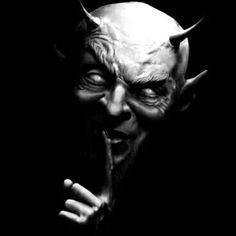 Art of Horror Blood Guts n Gore Arte Horror, Horror Art, Dark Fantasy Art, Dark Art, Creepy Art, Scary, Arte Black, Devil Tattoo, Satanic Art