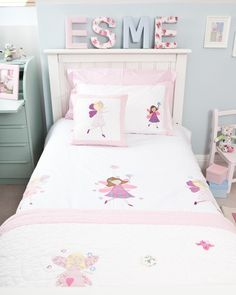 Your Little Will Be Spellbound By Our Fairy Duvet Set This Stunning Crisp White S Cot Bed Cover And Matching Pillowcase Features