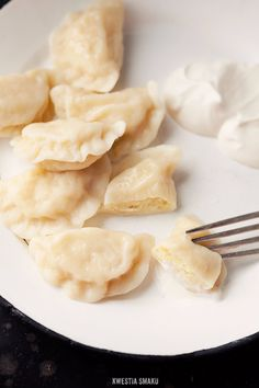 HA! I am from Poland and I am proud of it! Only Poles know how to do amazing Pierogi! <3