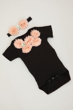 Baby Girl Onesie Set Short Sleeve Cotton Black Onesie with Peach Shabby Chiffon Flowers and Rhinestones