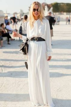 First person that comes to mind when thinking of Fashion leaders...Rachel Zoe. She's become one of the top stylists and definitely knows how to put together an outfit with accessorizing. If something is new and trending, Rachel Zoe most likely created her own look and made a fashion statement. -Alaina Cardillo